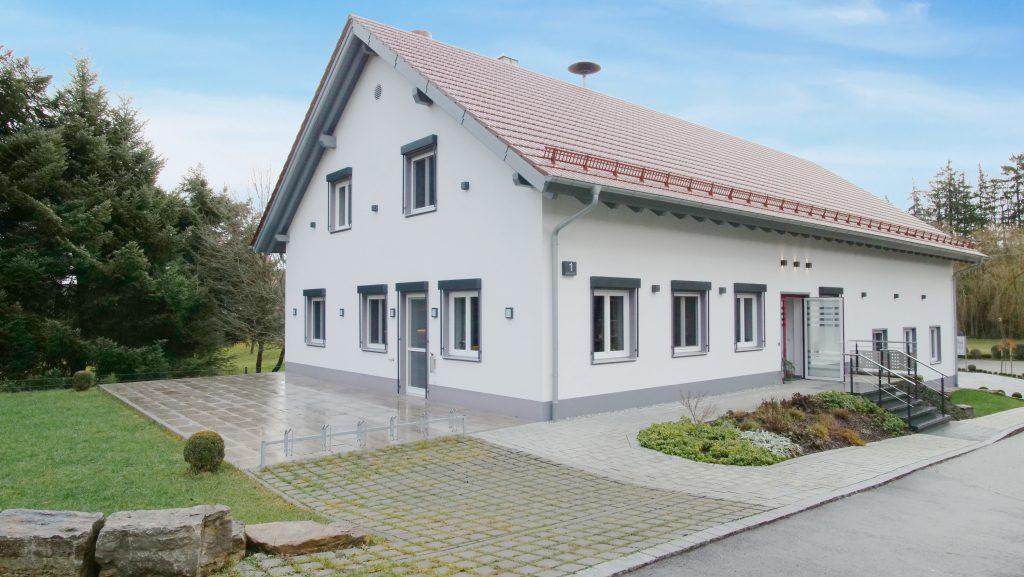 Bürger- und Vereinsheim Könghausen von Außen
